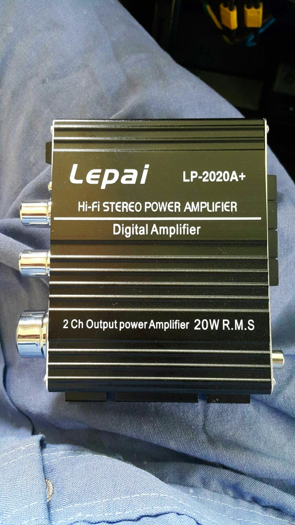 Replacing My Car Deck With a Lepai Amplifier.