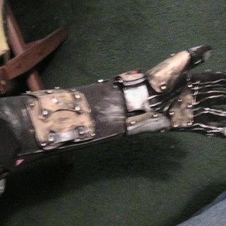 steampunk robot arm 001.jpg