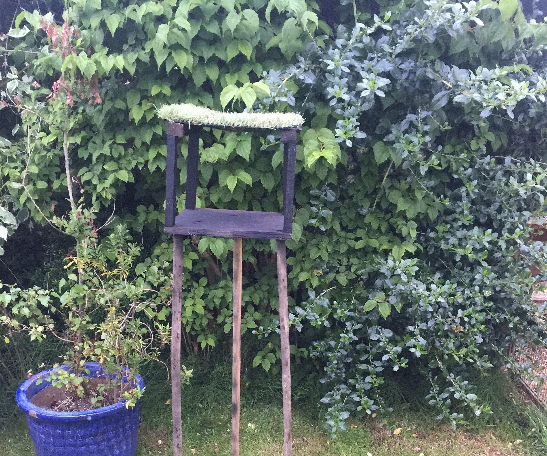 diy modern bird table