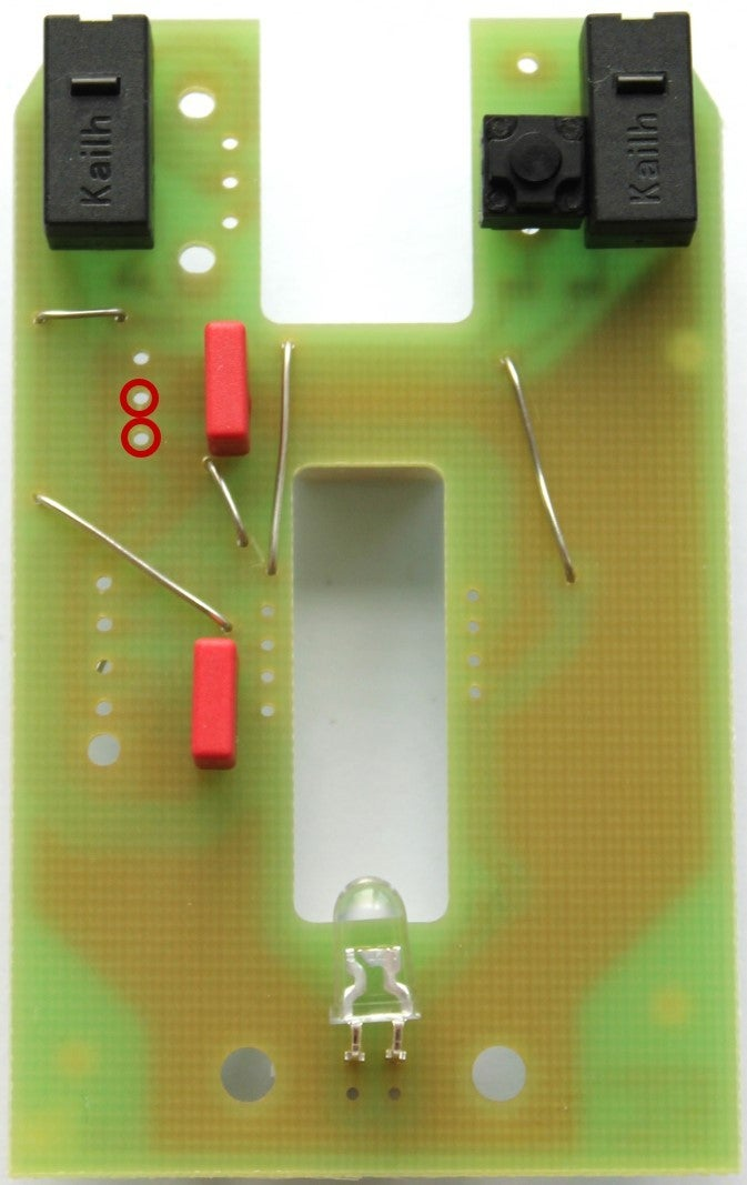 Solder the Two 10μF-condensator