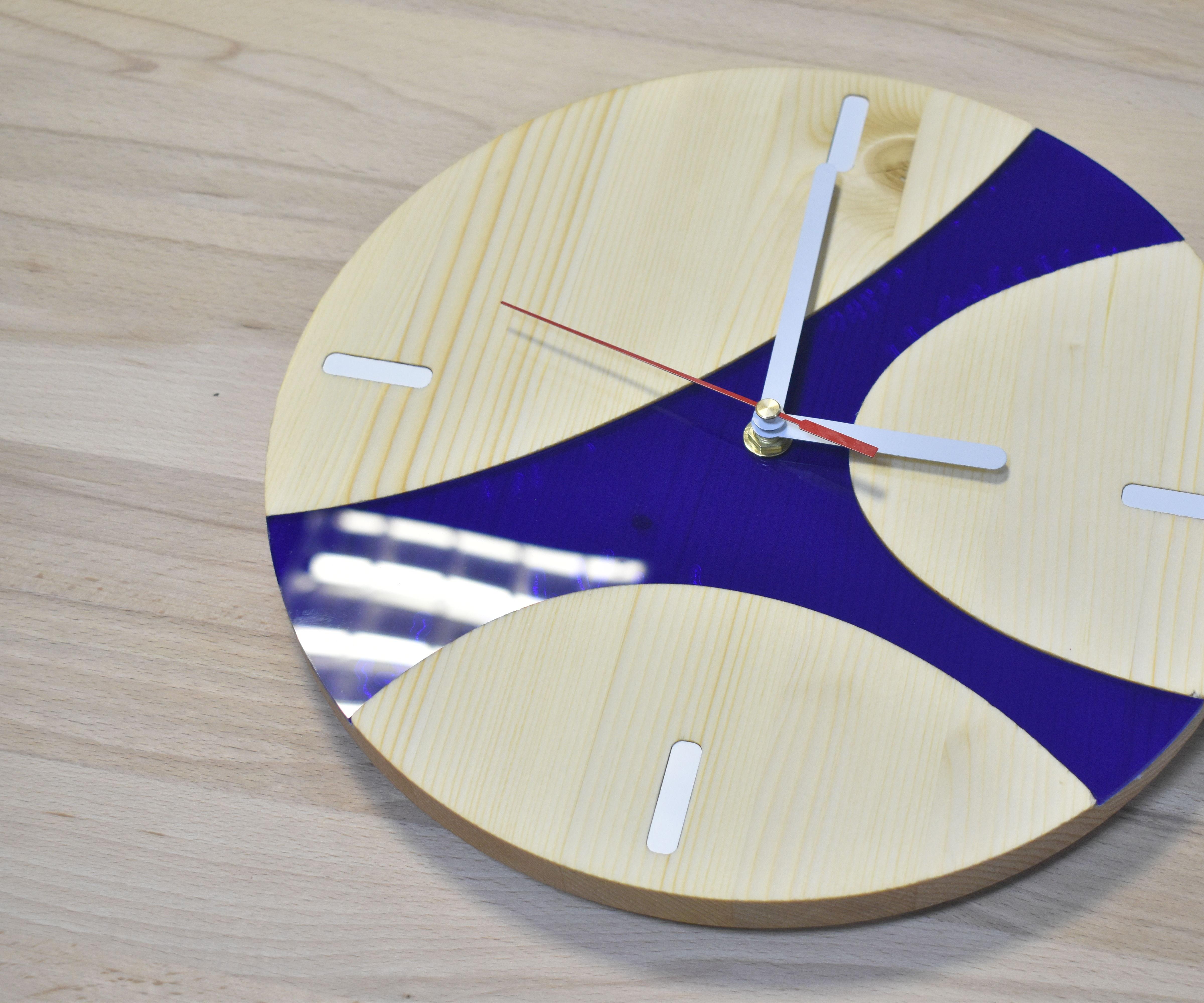 DIY Wood/Acrylic Clock