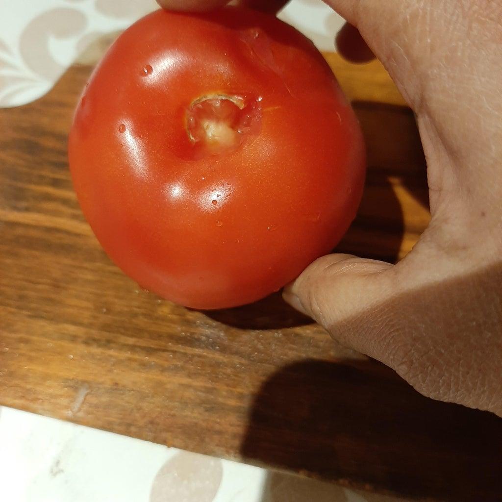 Making Tomato Peel Flower