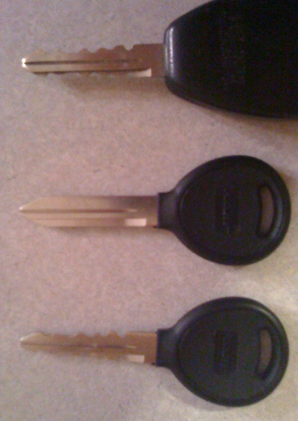 Non-RFID Key Copy for RFID Key