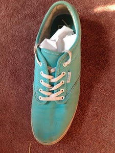 If You Want a Firmer Surface to Draw On, Stuff the Inside of the Shoes With Tissue Paper or Newspaper.