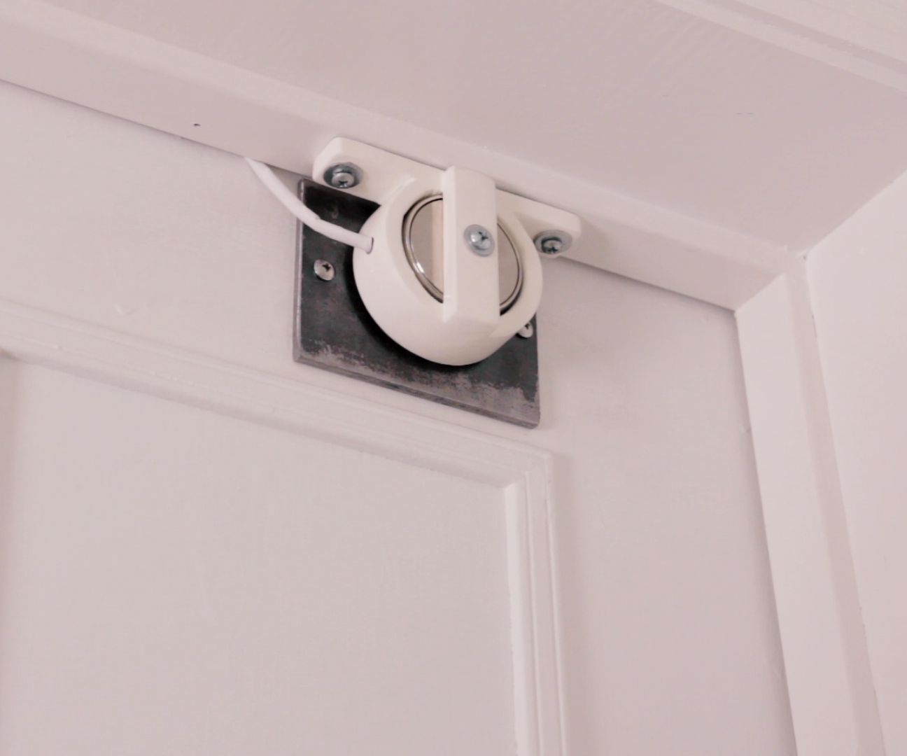 Magnetic Smart Lock With Secret Knock, IR Sensor, & Web App