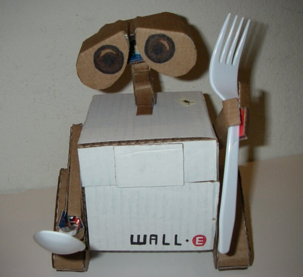 Cardboard Wall-E
