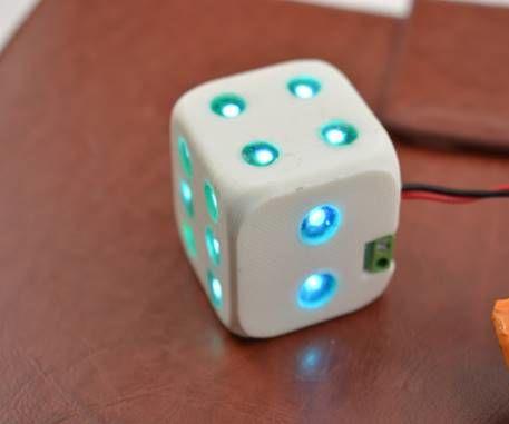 Make a Shiny Dice for Monitoring Battery Capacity