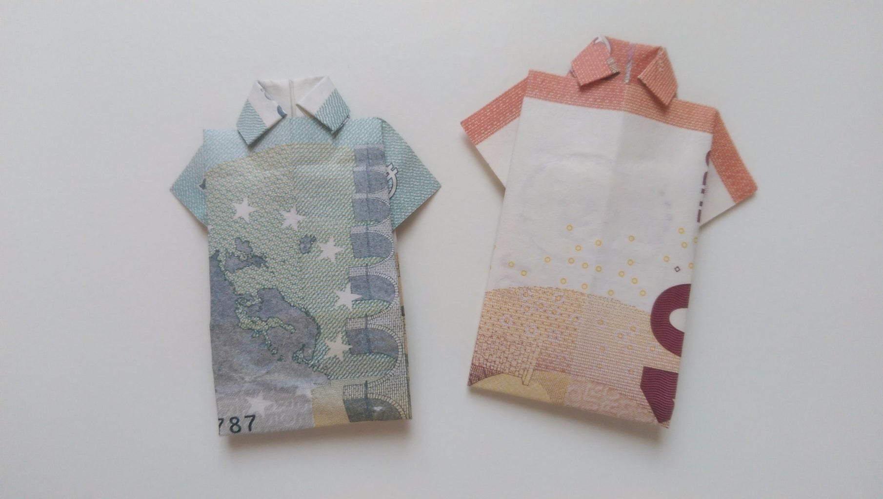 How to Fold a Shirt From Paper Money