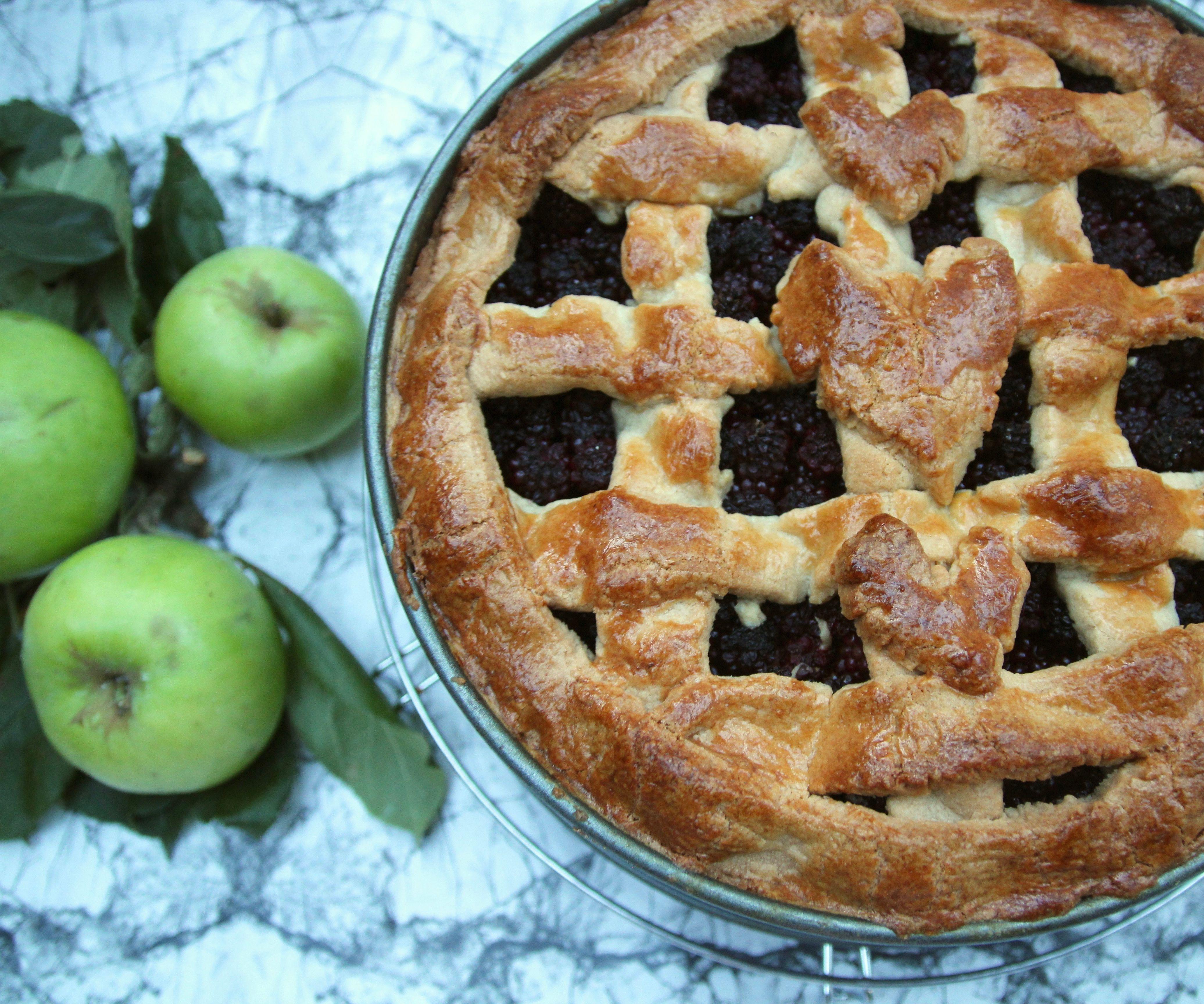 Organic Dutch Blackberry Apple Pie