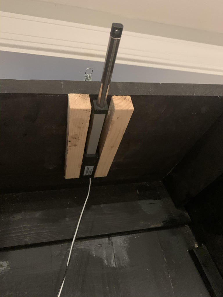 Install the Linear Actuator Mount