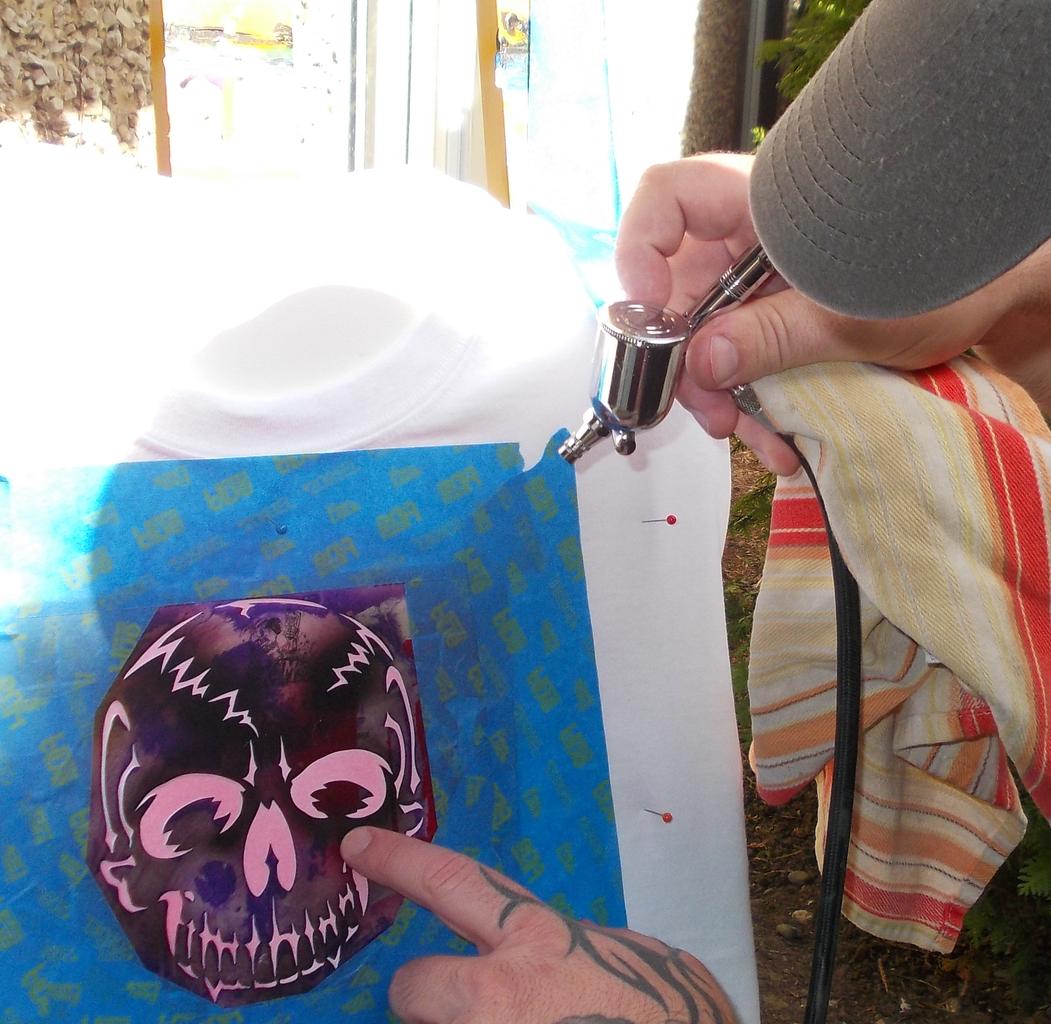 Mix Lumi Ink and Airbrush