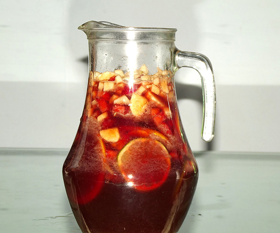 """Refreshing """"Sangria"""" - Wine and fruits refreshing drink"""