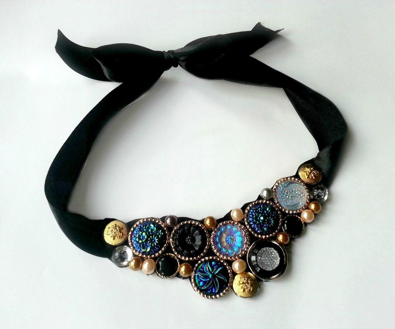 DIY Vintage Button Necklace