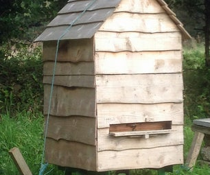External Beehive Protection and Insulation for National Hives
