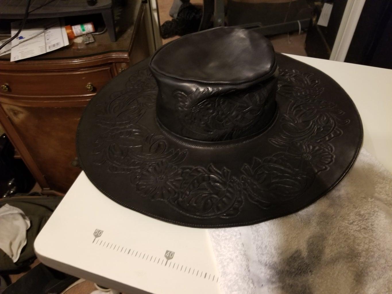Wet Molding the Hat!