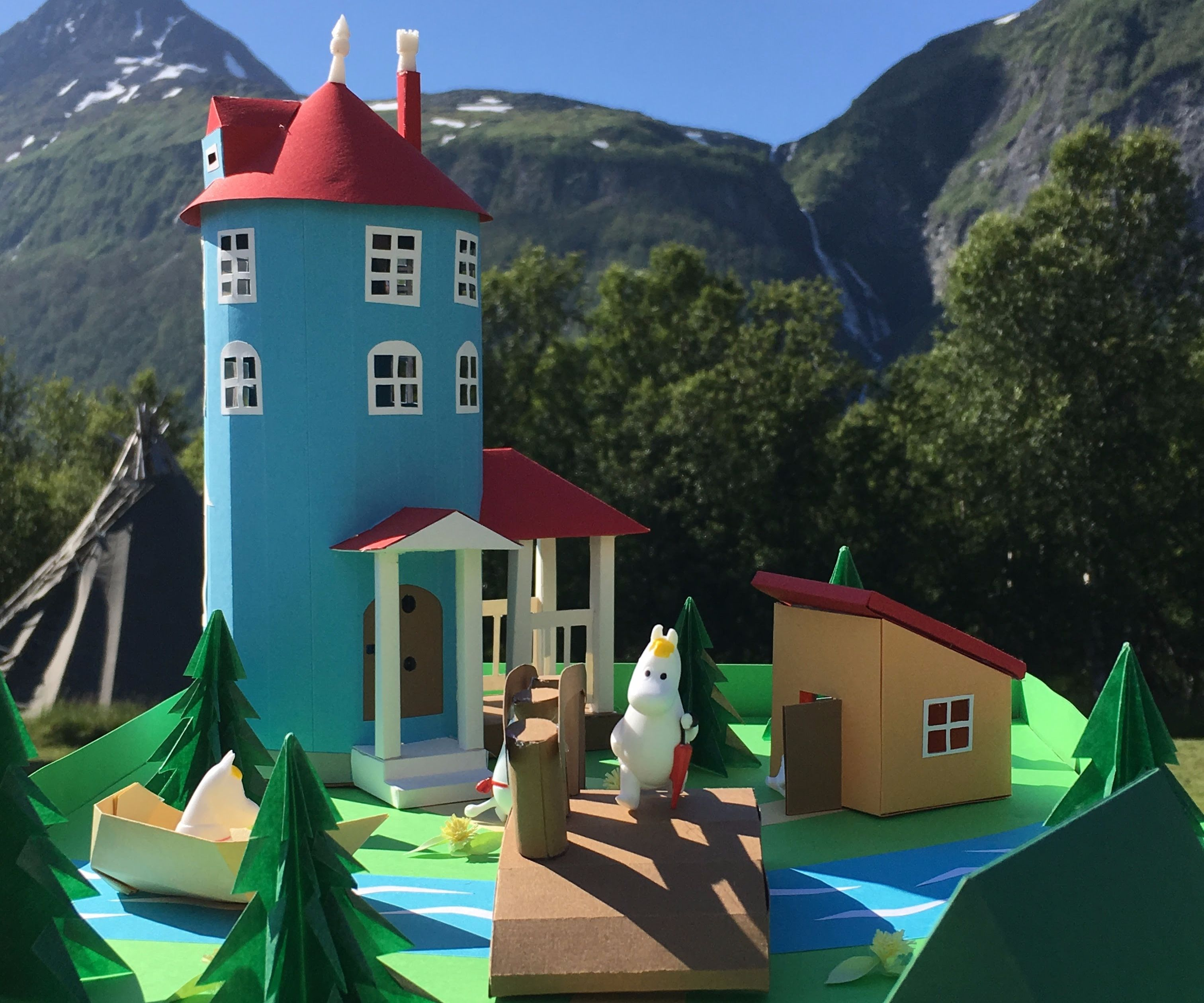 Moomin Valley With Paper & Simple Electronic Circuit