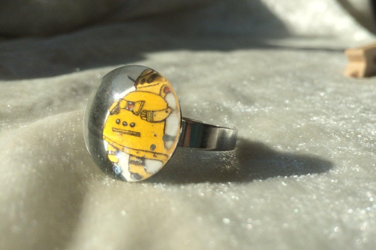 Robot Fan Glass Gem Ring