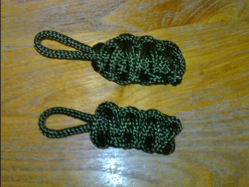 How to Make a Simple Paracord Keyring