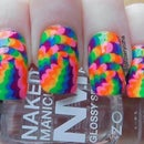 Optical Illusion Dotticure Nail Art
