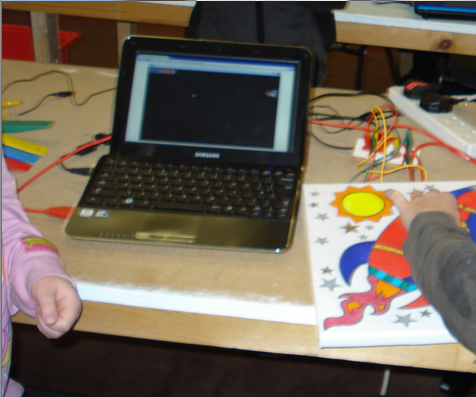 Picture Frame Game Controller With Makey Makey and Scratch