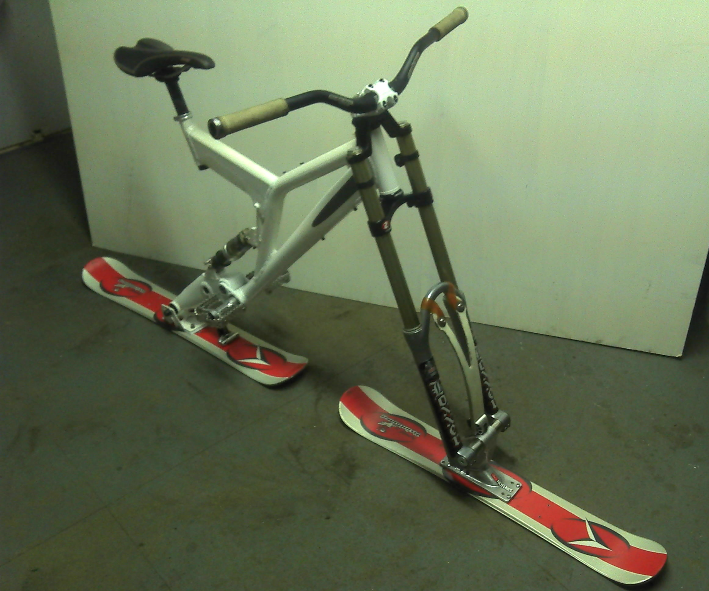 Ski-bike ( full suspension )