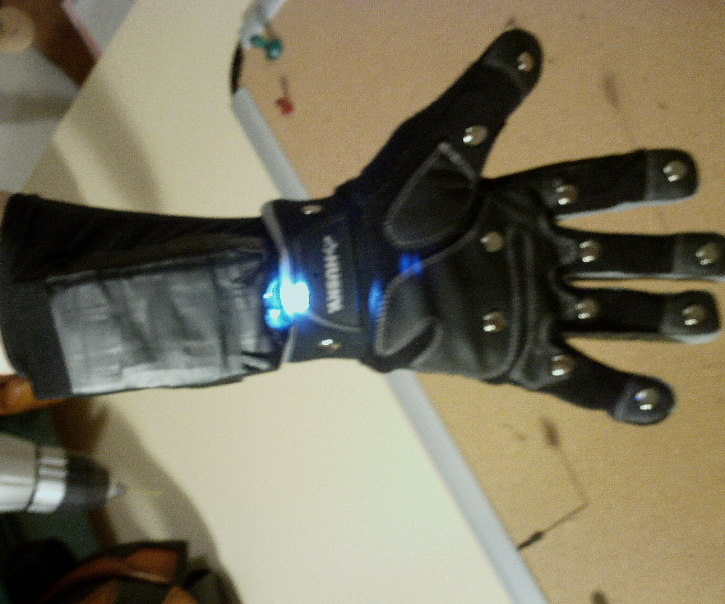 Taser Glove (Legit Version)
