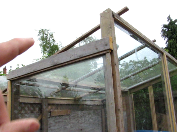 Design Your Greenhouse!  Lean-away IS  BETTER Than Lean-to! This Will Surprise You!