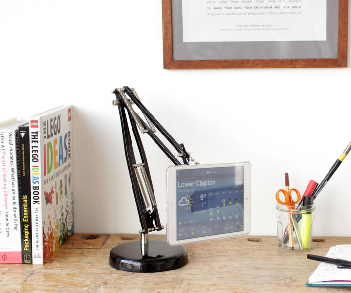 Adjustable arm tablet stand