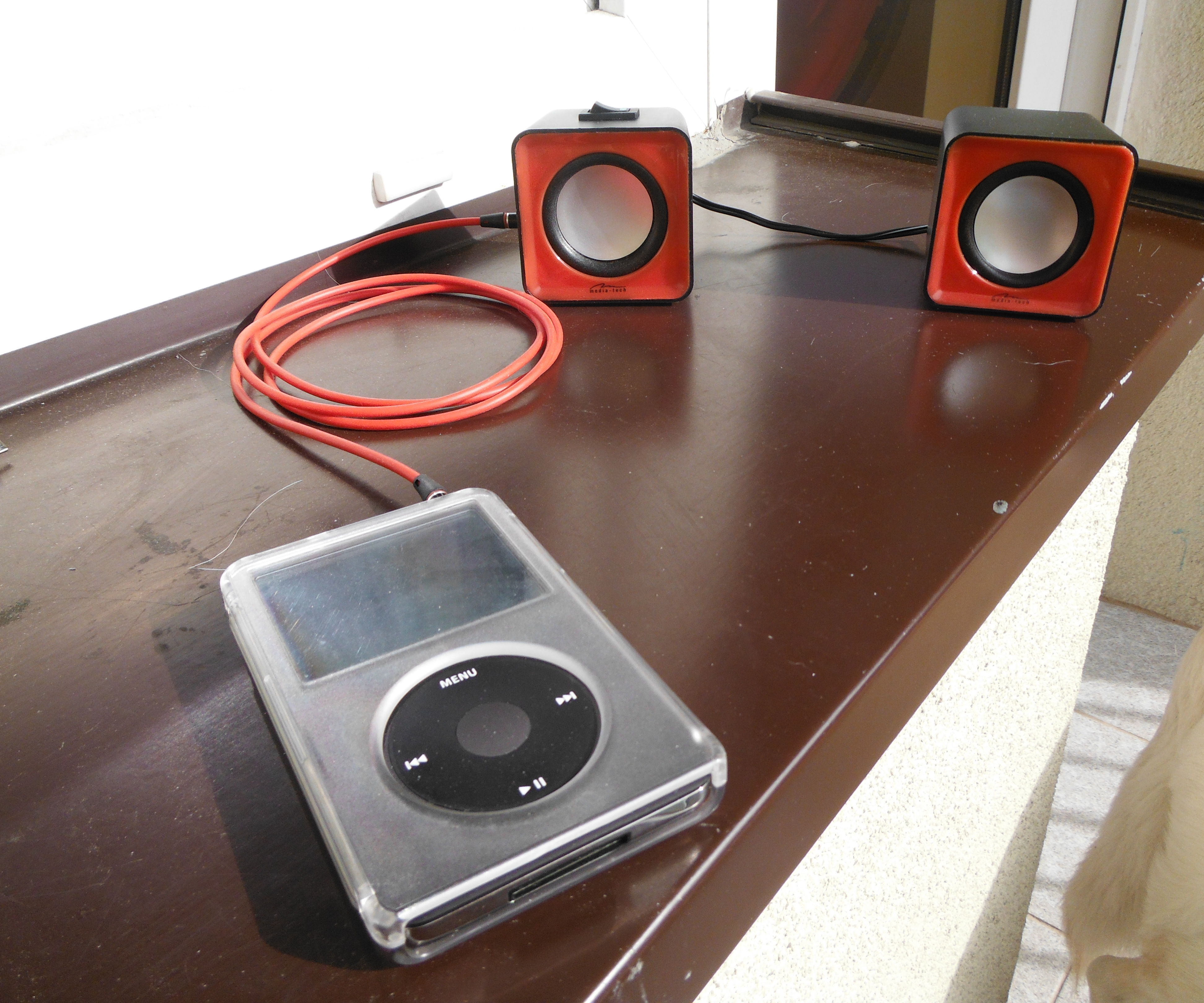 USB Speakers Into Portable Battery Powered Speakers!