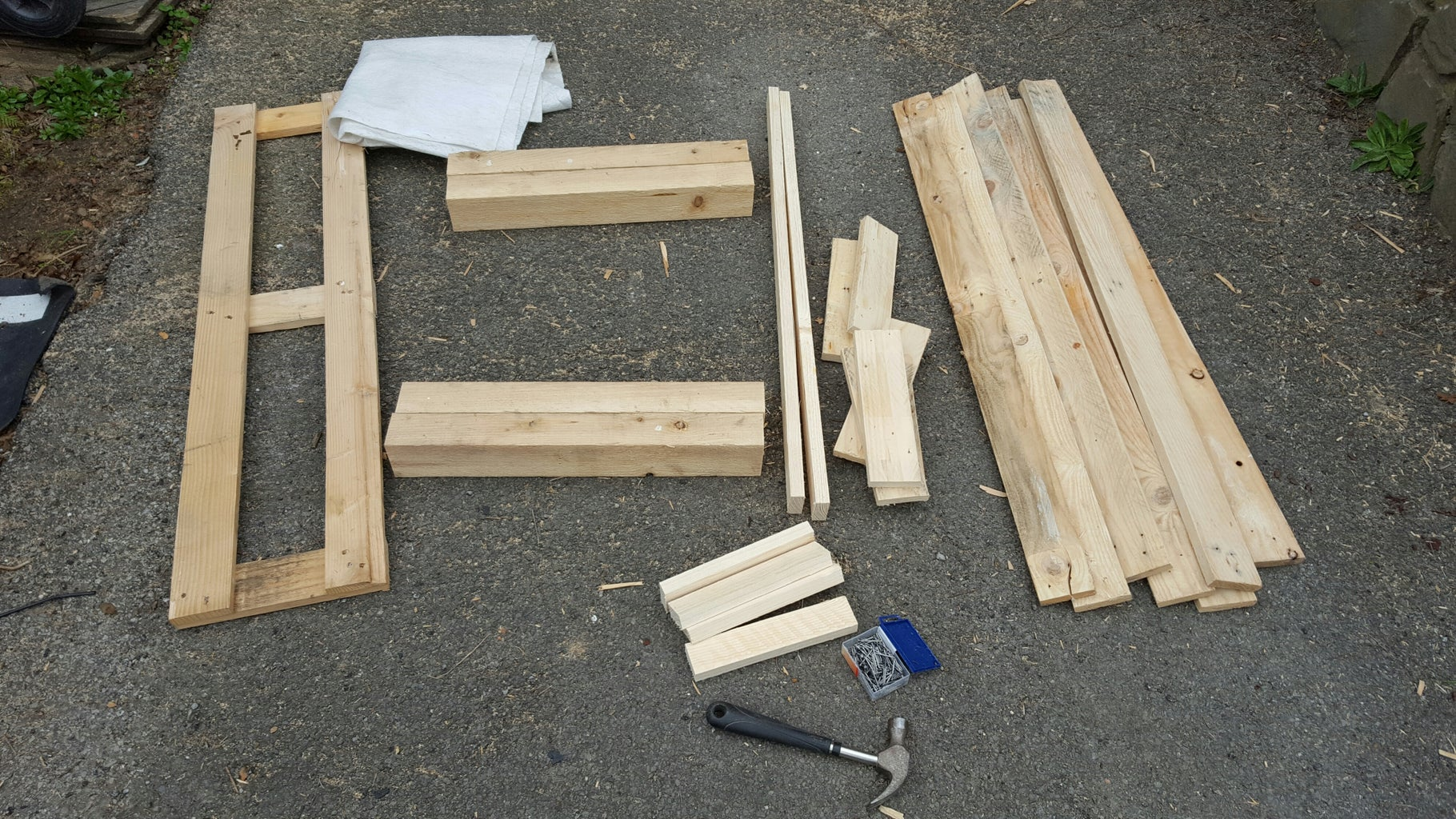 Find Some Pallets and Cut Them Down