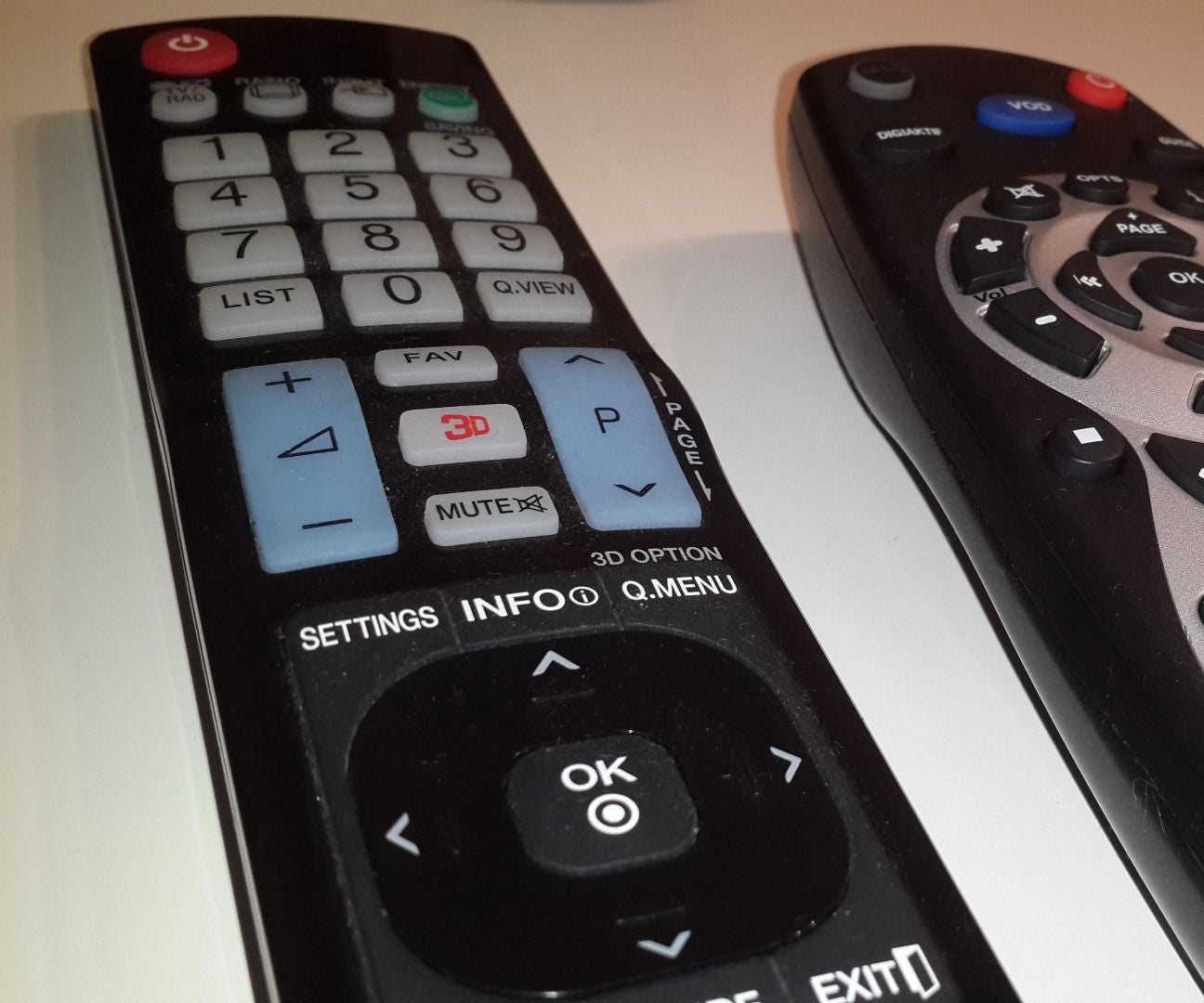 Fixing Non Working Buttons Of Any Remote Control 4 Steps With Pictures Instructables
