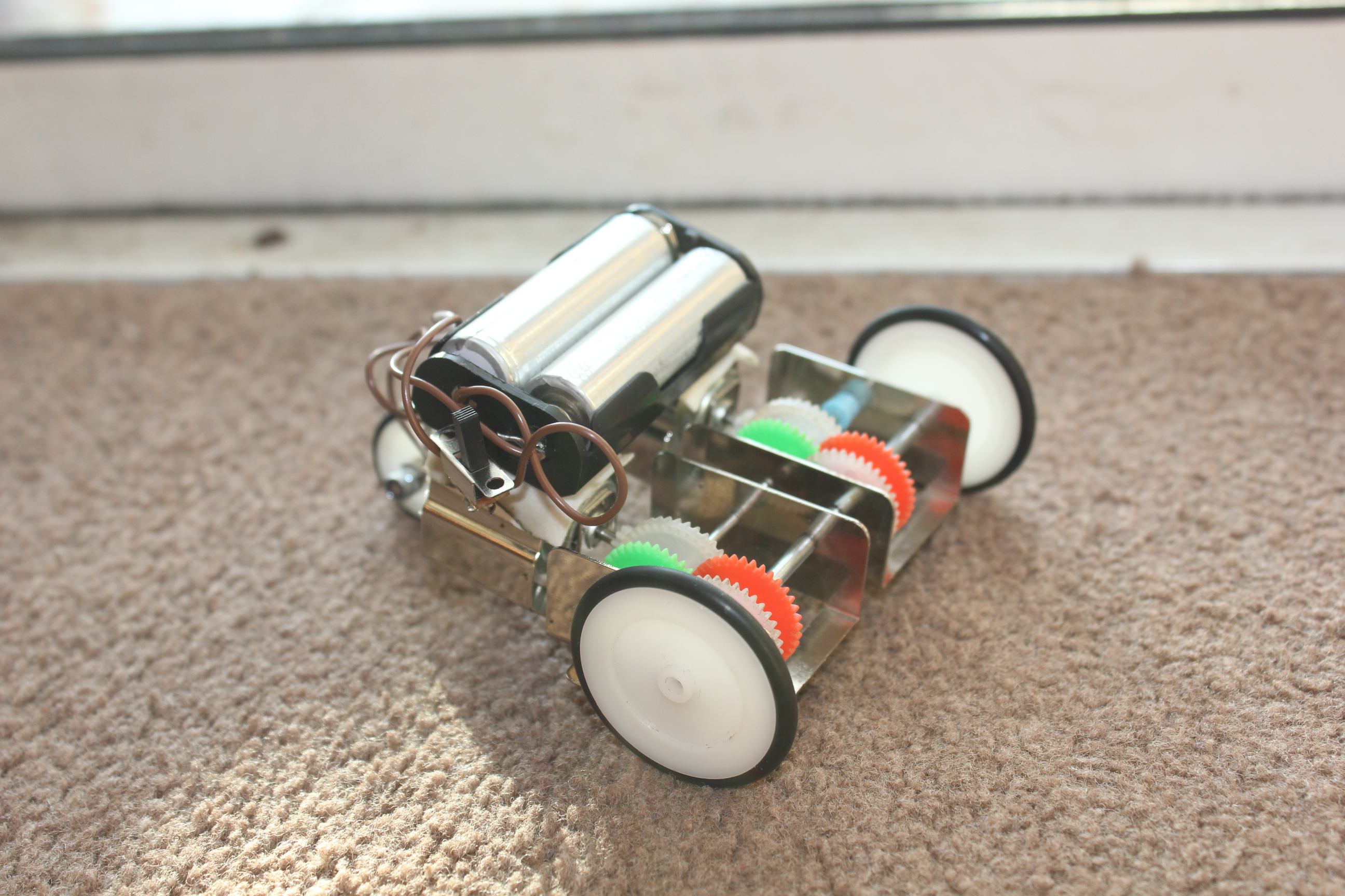 Robug model-1 No.1
