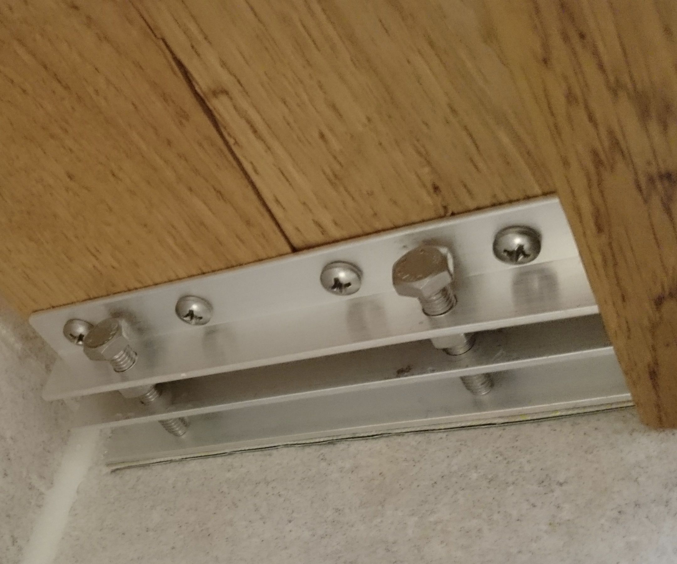 No Holes, No Glue Bathroom Shelf