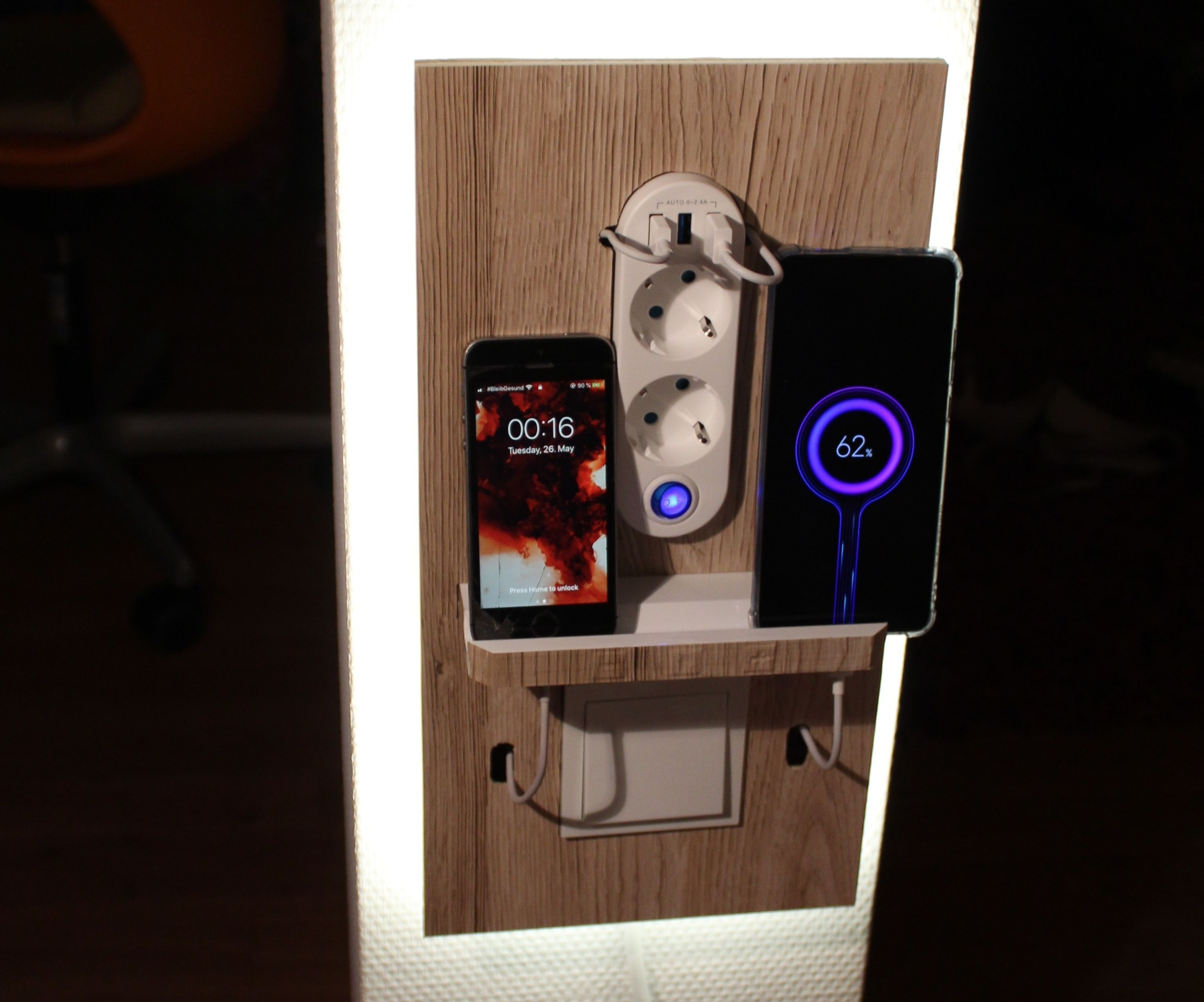 The Perfect Bedside Lamp and Phone Dock