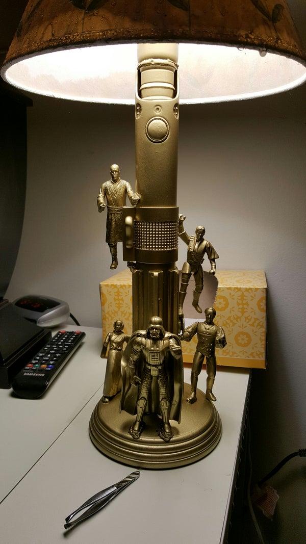 《 ACTION FIGURE LAMP 》