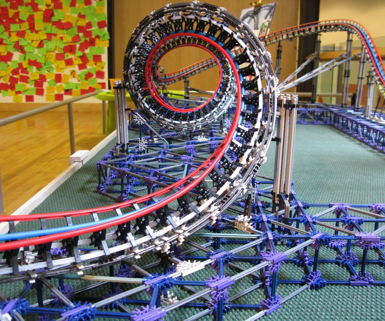 Dragon Fire - K'nex model roller coaster