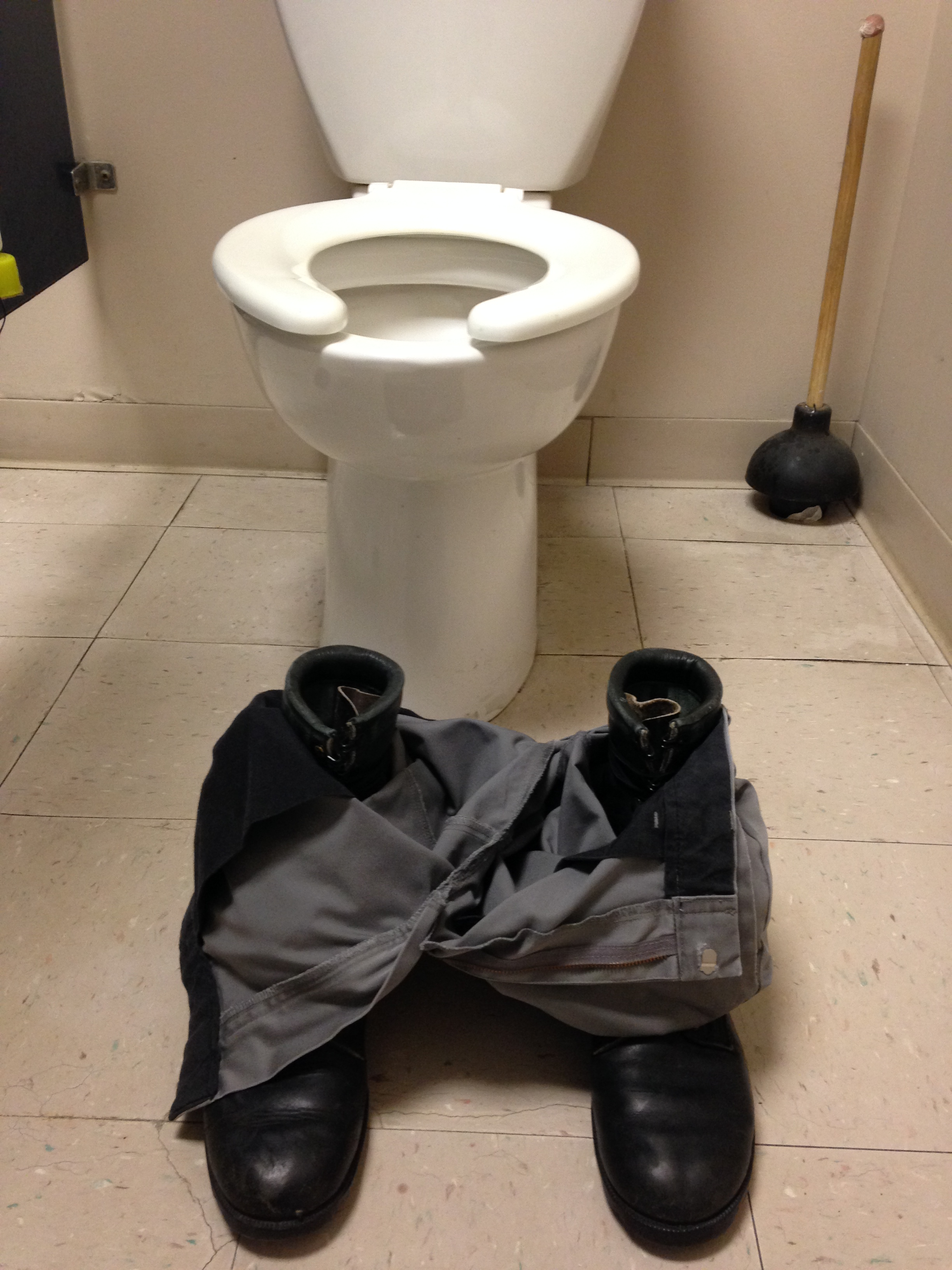 Arduino Fart-o-matic toilet humor prank