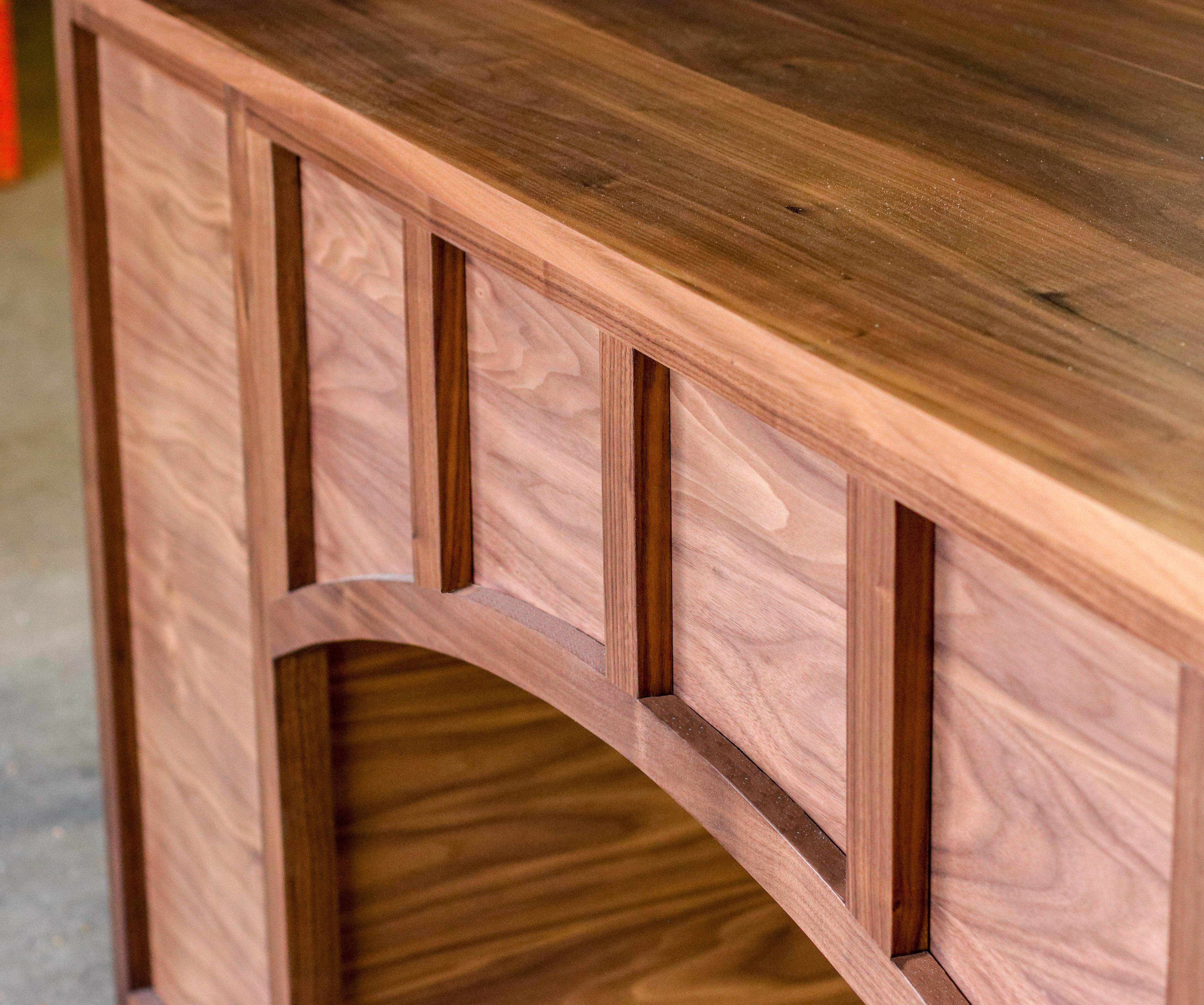 Building a Walnut Office Desk & Pricing It