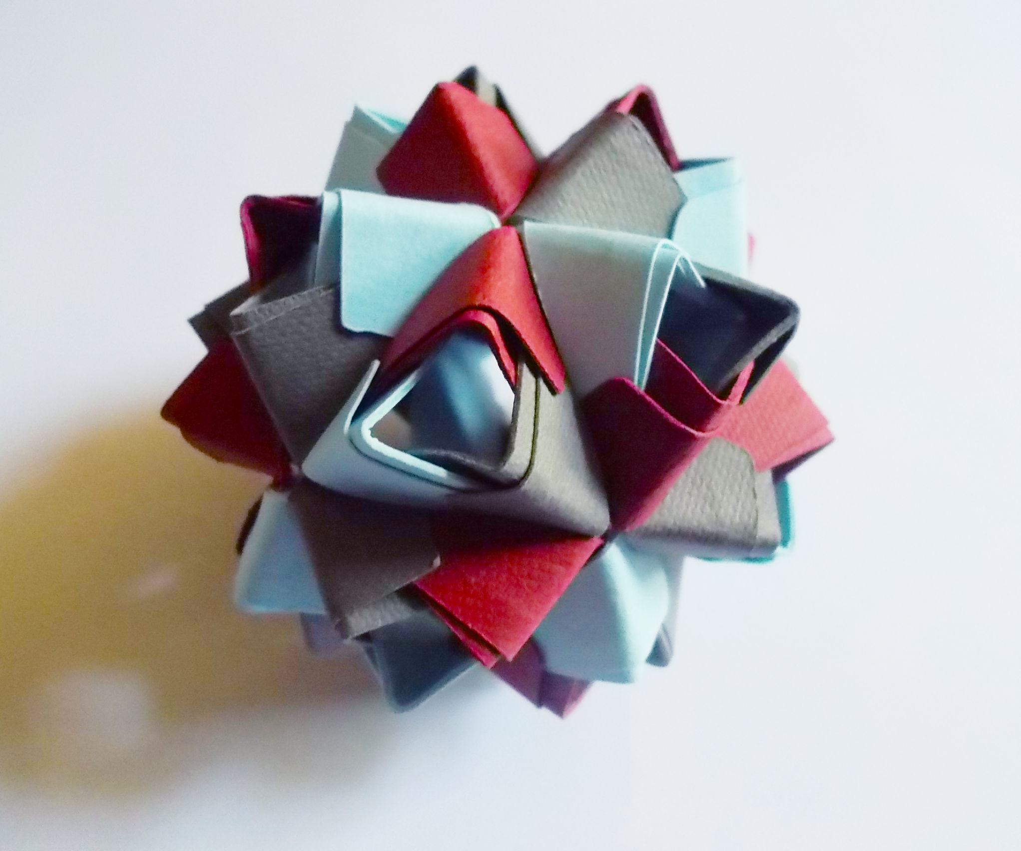 Sturdy Kusudama for the Origami-Impaired