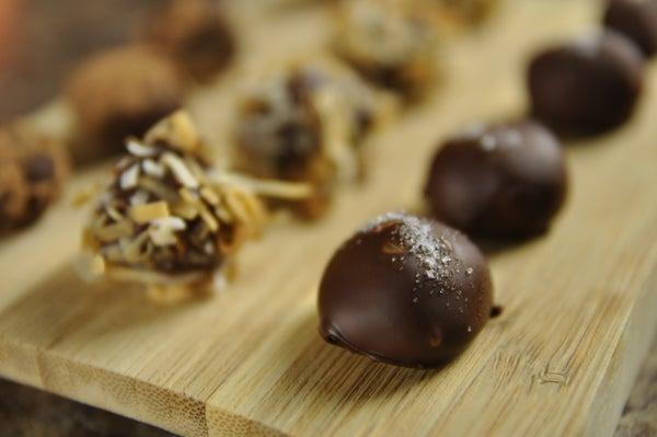 How to Make Vegan Chocolate Truffles