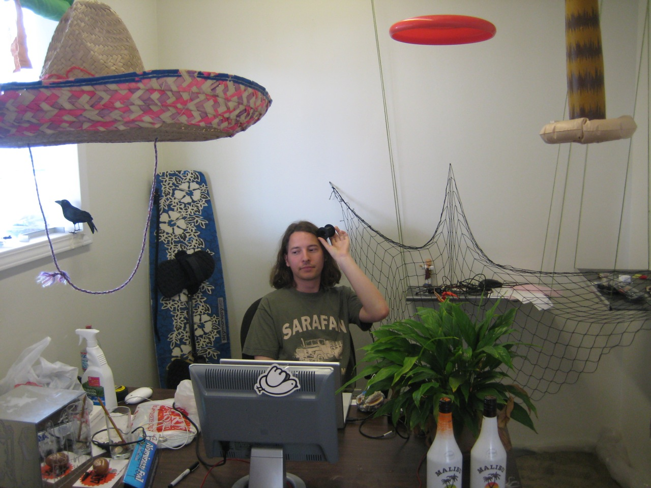 How to turn an office into the beach