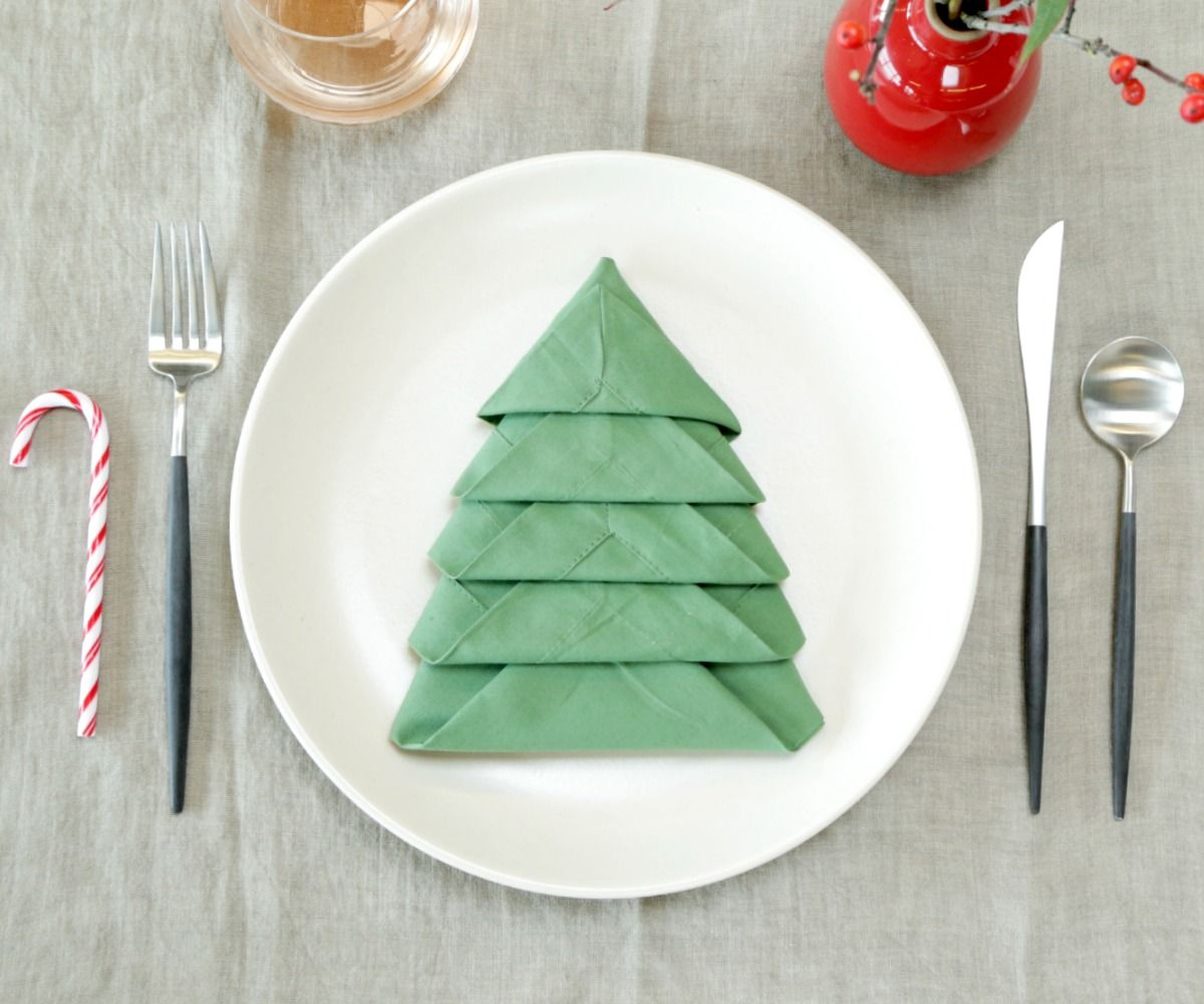 Christmas Tree Napkin Fold 10 Steps With Pictures Instructables
