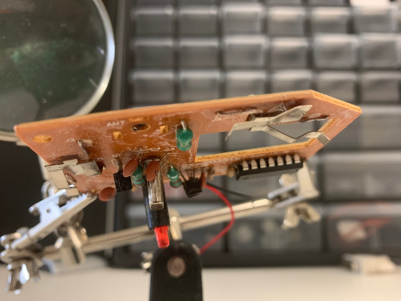 How to Safely Desolder Electronic Components for Reuse