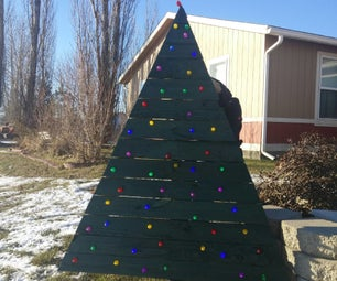 Pallet Christmas Tree With LEDs