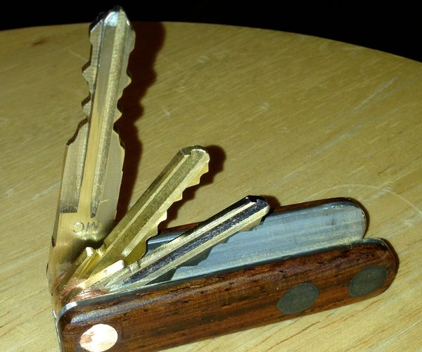 Magnetized Pocket Folding Key Organizer