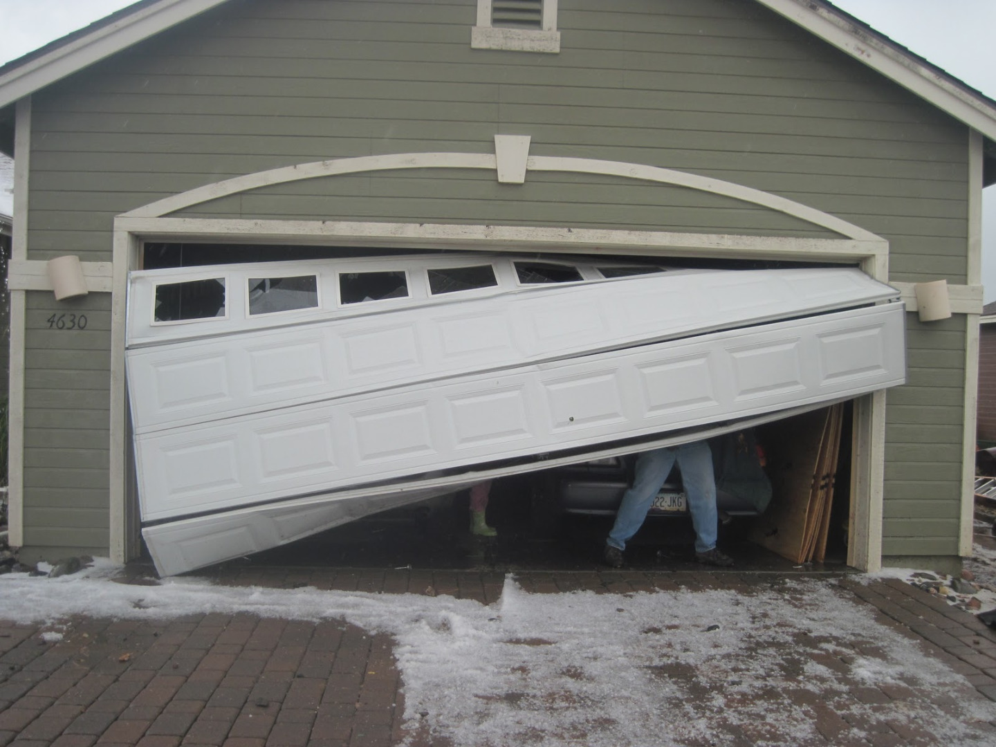 7 Ways To Fix A Dent In A Garage Door Panel Instructables