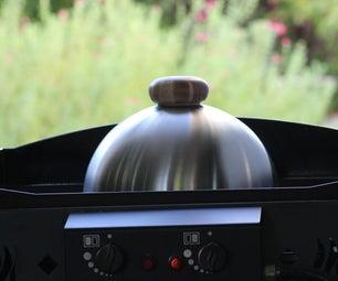 漂亮而便宜的烹饪钟盖或熔化的圆顶,为普罗斯饭和烧烤