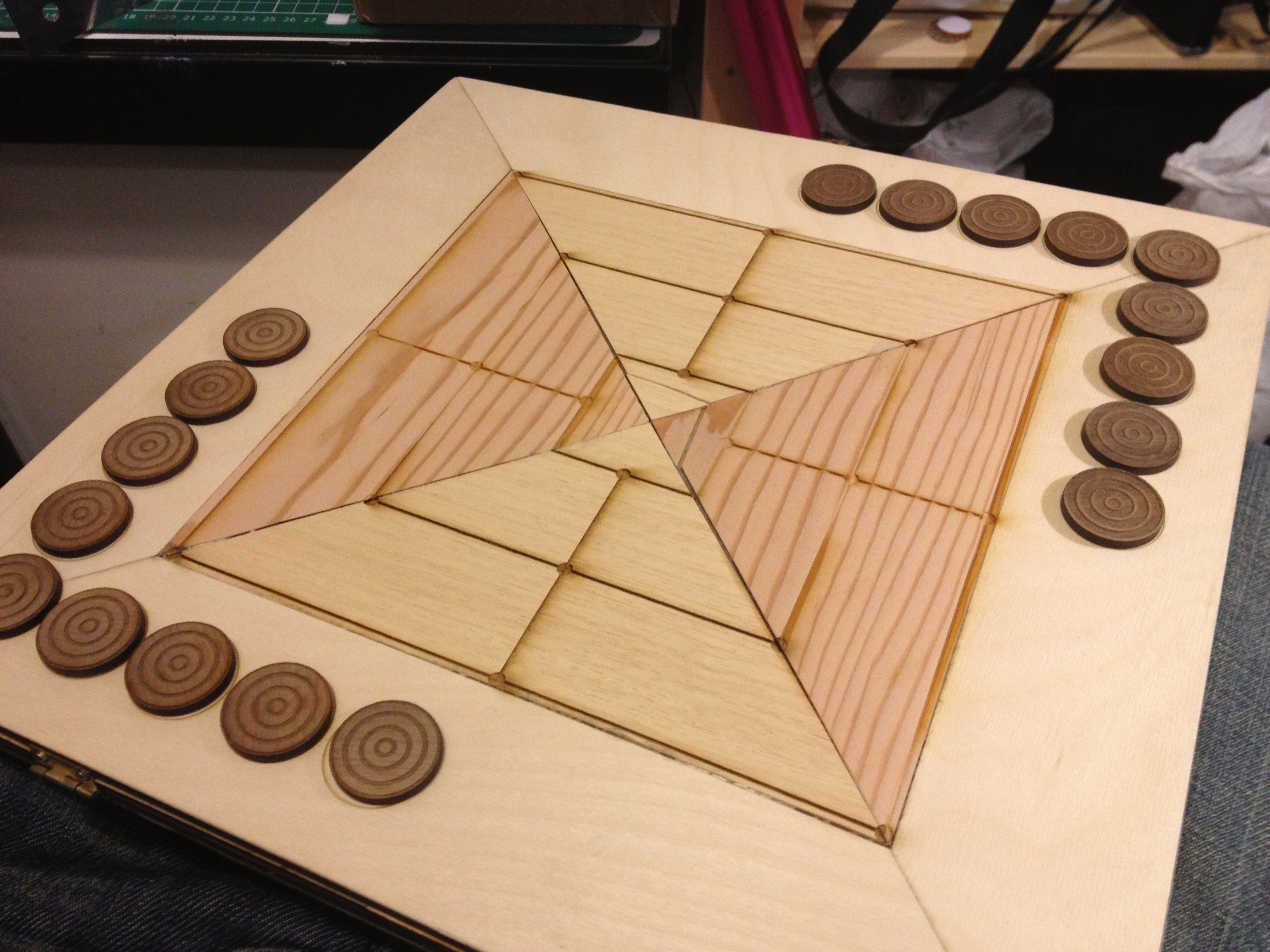 Nine Men's Morris Board Game