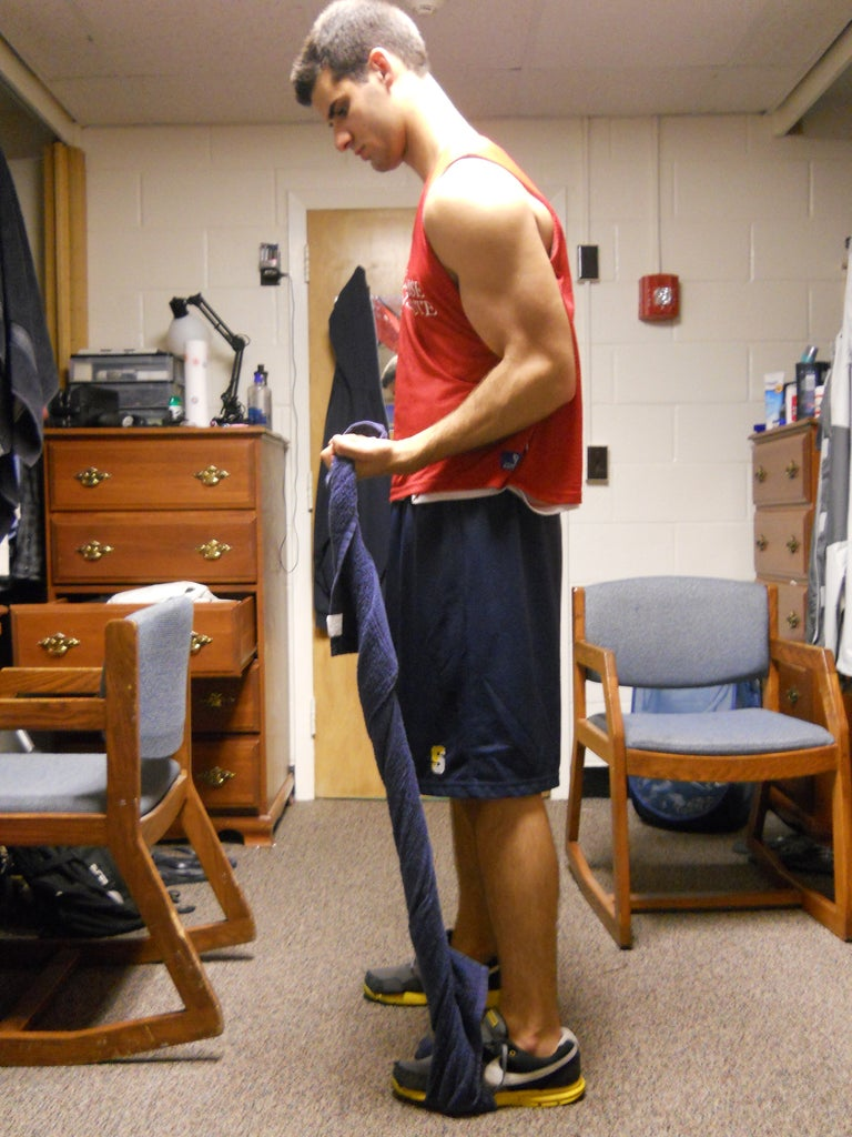 Isometric Bicept Hold With a Towel
