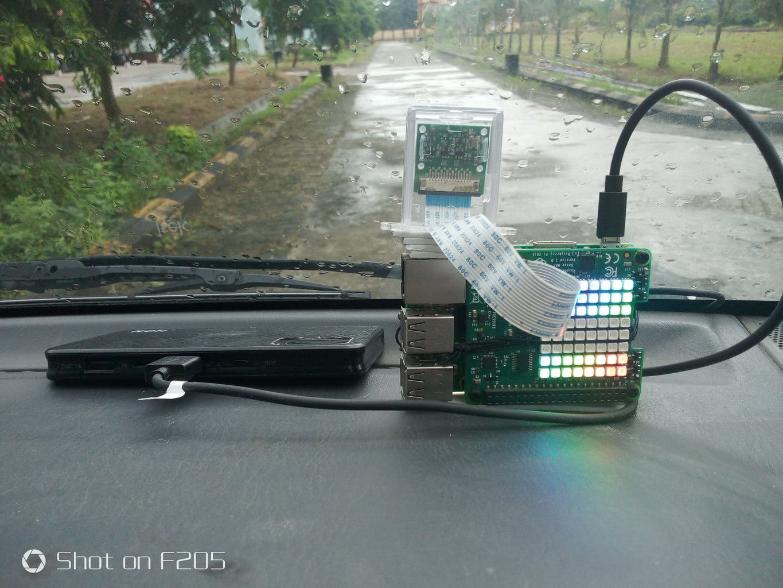 Assembling : Impact Recorder on Dash Board of Car
